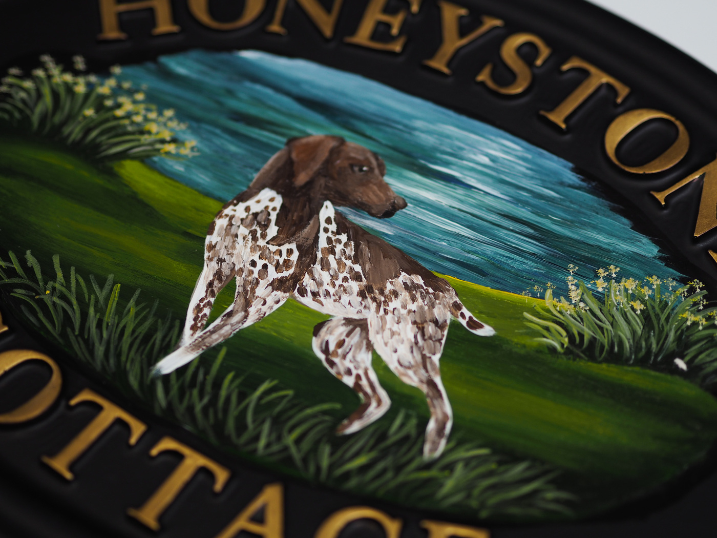 German Pointer Flat Painted Close Up house sign