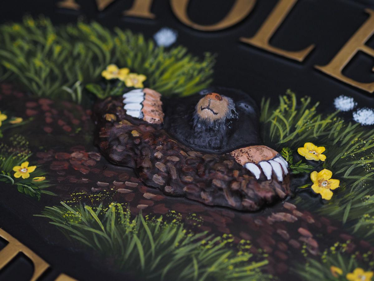 Mole Close Up house sign